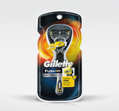 Gillette Fusion ProShield Razor with FlexBall Technology - 1 Razor + 2 Cartridges